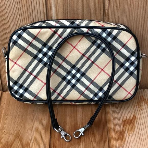 d95a79b1dec9 Burberry Handbags - 💟 Burberry Blue Label Clutch or Sm Bag - ECU